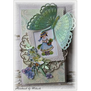 Marianne Design punching and embossing template + stamp: butterflies