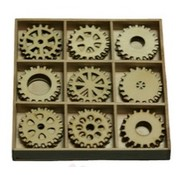 Objekten zum Dekorieren / objects for decorating Gears 30 parts in a wooden box !! 10.5 x 10.5 cm
