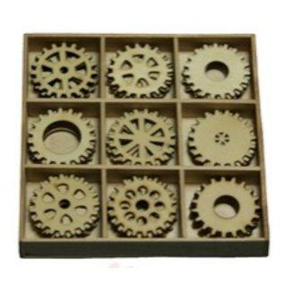 Objekten zum Dekorieren / objects for decorating Gears 30 deler i en trekasse !! 10.5 x 10.5 cm