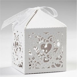 Dekoration Schachtel Gestalten / Boxe ... 12 Decorative Box, 5,3x5,3 cm, wit, met hart