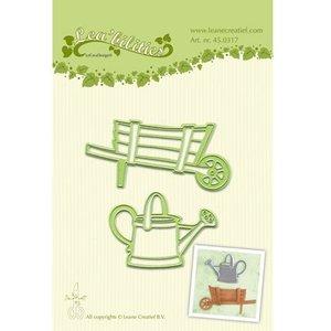 Leane Creatief - Lea'bilities und By Lene Punching - et gaufrage pochoir, jardin brouette et l'eau jug