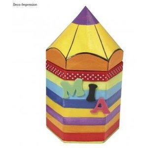 Objekten zum Dekorieren / objects for decorating conteneurs Papier mâché hexagonaux, crayon, 9x8x16 cm