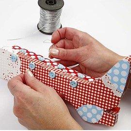 Objekten zum Dekorieren / objects for decorating Craft Kit: 1 sæt materialer til retro støvler kasse