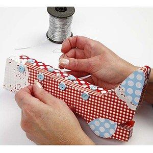 Objekten zum Dekorieren / objects for decorating Bastelset: Materialset für 1 Retro-Stiefel Schachtel
