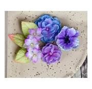 Prima Marketing und Petaloo Prima Flowers, flowers with leaves, 9 pieces