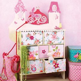 Objekten zum Dekorieren / objects for decorating at dekorere nye objekter