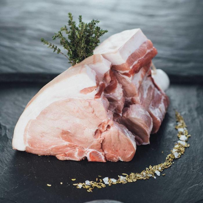 Porterhouse Steak vom Schwein Dry Aged