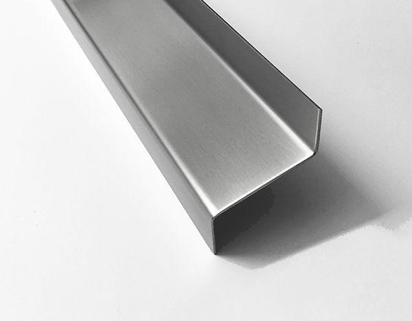 Edelstahl Z-Profil 3mm gekantet Kantenschutz Kantblech Abdeckung 2000mm