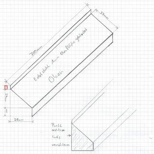 Versandmetall 1 Speciaal eindprofiel volgens schets 4-voudig gevouwen buiten K320, lengte 700 mm 7/37 / 11 mm Materiaal 1,0 mm roestvrij staal, voorzijden gelast en gekleurd