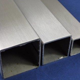 vierkantbius, roestvrij Staal, 1.4301, geschuurd(grid)240, 50 X 50 X 2, Lengte 2500 mm