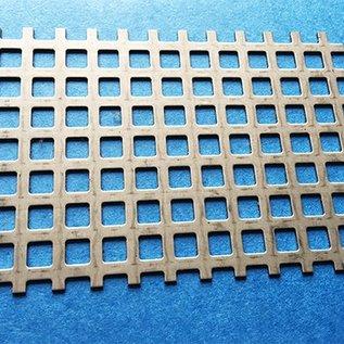 Sonderzuschnitt - 948x528mm Quadratlochblech aus Edelstahl 1,0mm Qg 8-12 (8er Quadratloch in Reihe und 4mm Stegbreite)