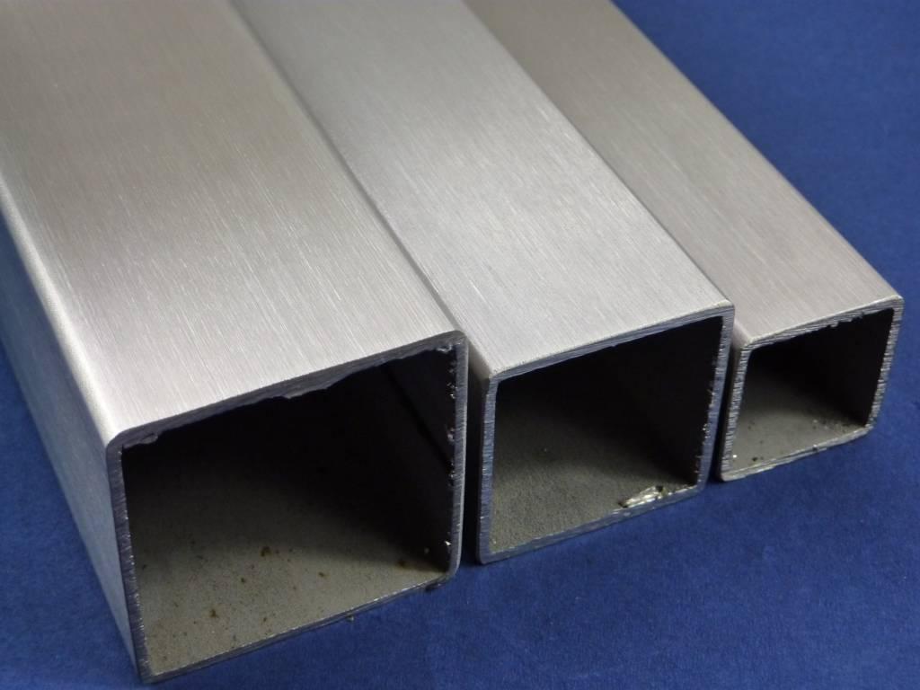Edelstahl, Abmessung 100x100x3mm, L/änge 200mm Edelstahl Vierkantrohr geschliffen K240 bis 50cm