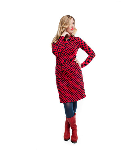 Tante Betsy Dress Trudy Hearts Red
