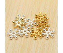 Spacers Kraaltjes 8mm Bloemetjes in Zilver of Goud 100 Stuks