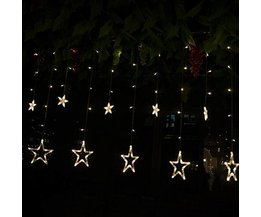 Led Sterregordijn als Decoratie voor Kerstmis of Trouw