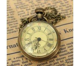 Source Coloré Pocket Watch Vintage Avec Dial Roman