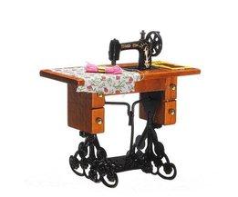 Poupées Vintage Sewing Machine 01:12