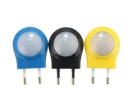 LED Night Sensor Avec La Lumière