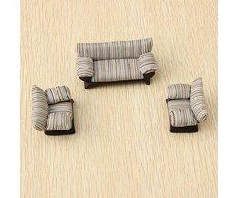 Striped Sofa 1:25 Echelle
