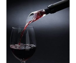 Pour Wine Decanter