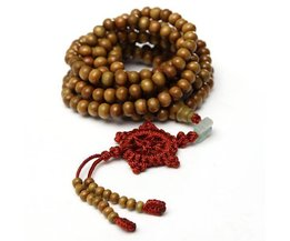 Collier De Bijoux En Bois Ou Bracelet