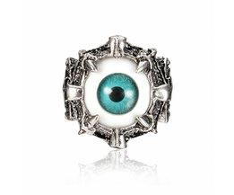 Striking-Augen-Ring