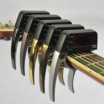 Capo Tuner In Drei Farben Für Gitarre & Etc