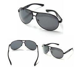 Schwarz-Sonnenbrille