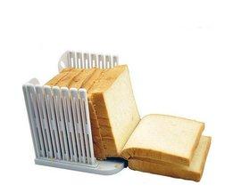 Schneiden Sie Hilfe: Brotschneidemaschine