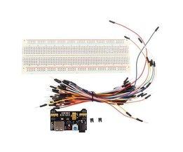 Versuchsaufbau Mit Pullover-Kabel Und Netzteil Für Arduino