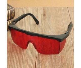 Rot-Laser-Gläser