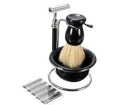Fünf Stück Shaving
