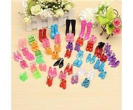 60 Paar Barbie-Schuhe