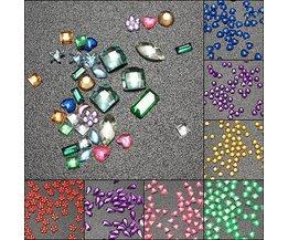 Farbige Steine für Nagel-Kunst
