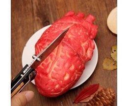 Halloween Dekoration: Blutiges Herz