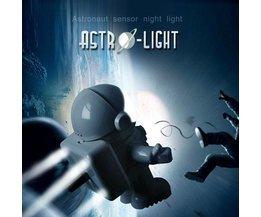 Nacht Astronaut