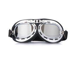 Universal-Helm Brille