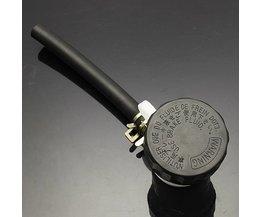 Für Bremsflüssigkeitsbehälter Motor