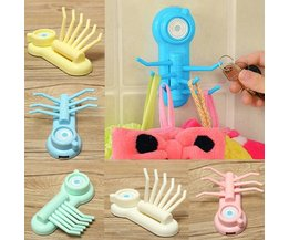 Plastic Hooks With Suction Cup