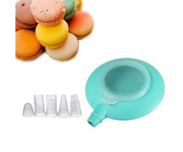 Set Pastry Bag With Nozzles