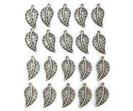 Pendants / Charms Of Tibetan Silver In The Shape Of Petals