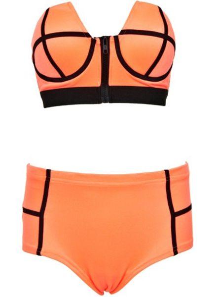 Bikini Liona