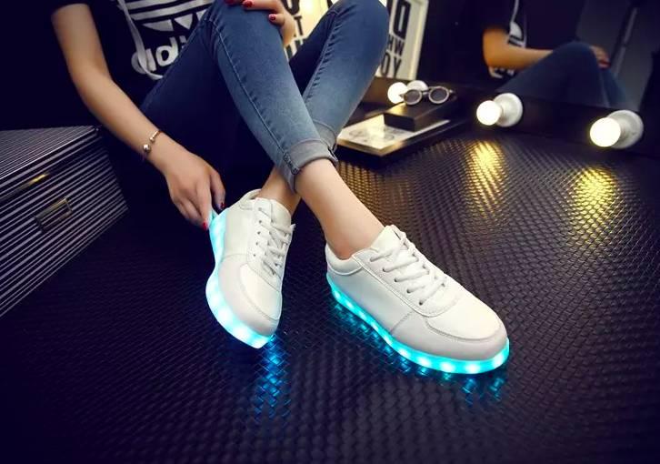 Sneakers Elansa