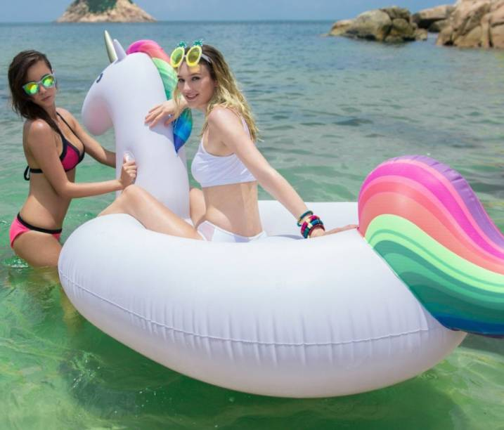 Giant Unicorn Float 270 cm