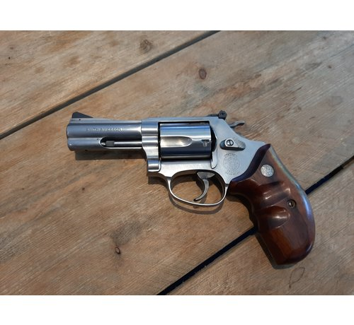 Smith & Wesson Smith & Wesson 60