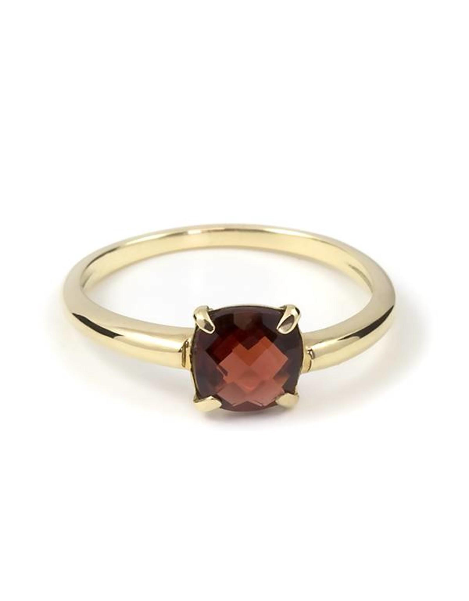 Navarro Ring - Gold - Garnet