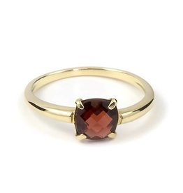 Navarro Ring - Gold - Garnet