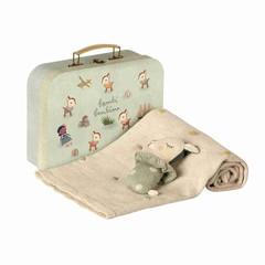 Maileg Maileg Gift Set Suitcase | Dusty rattle mint blanket