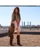 Izuskan Madame de Rosa Stil Limited Schal & Gesichtsmaske