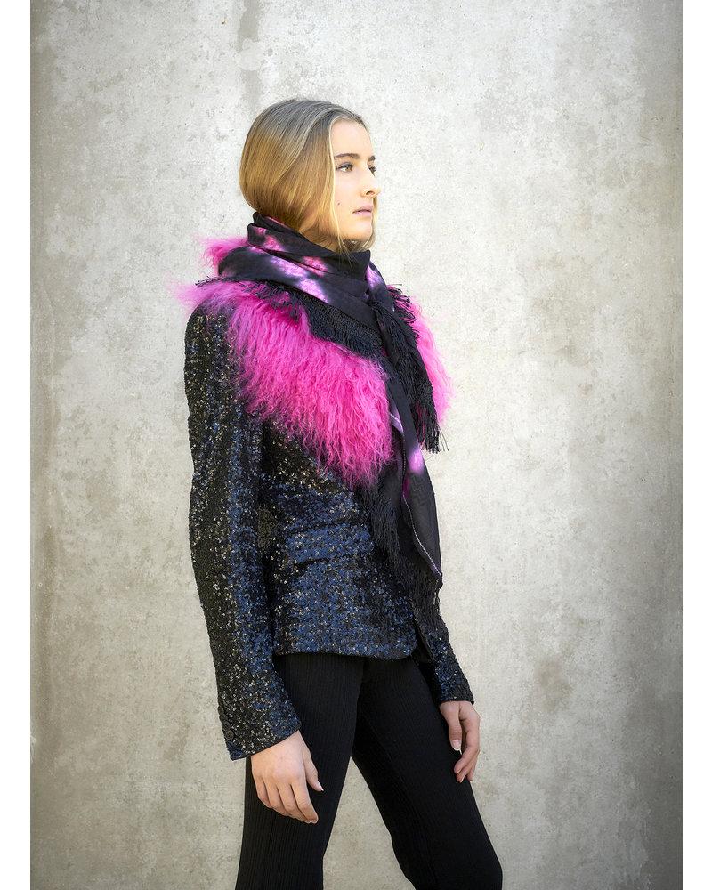 Izuskan Izuskan-sjaal met Tibetlamm in de tie-dye zwart roze